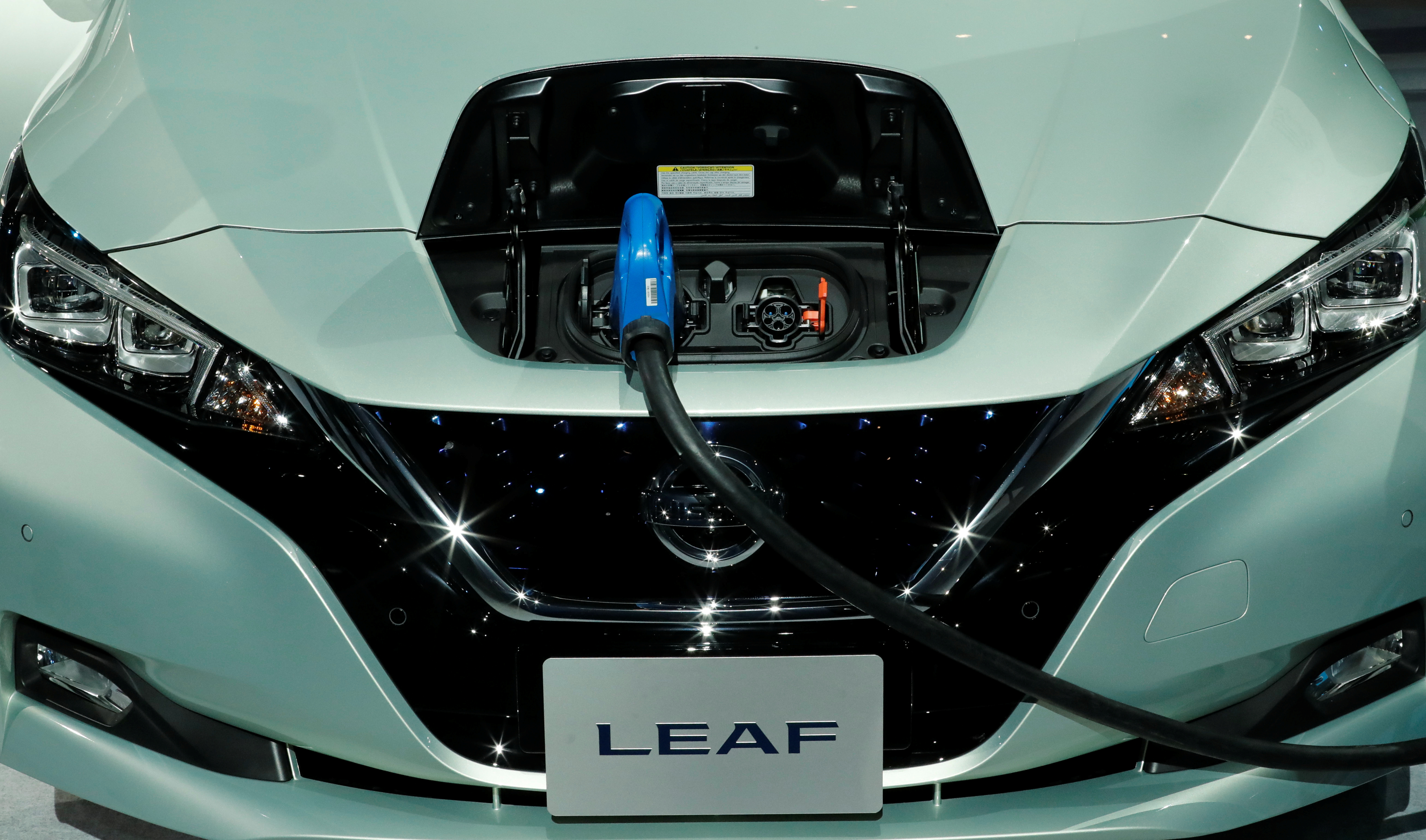 Nissan Leaf Charger >> Nissan Picks Ev Charger Supplier Delta For Leaf S Thai Debut