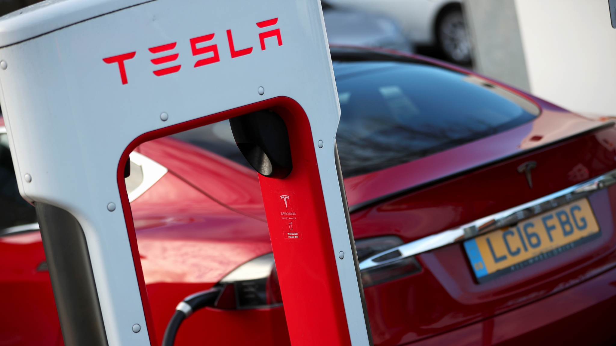 nikkei.com - Staff Writer - Tesla hints at seeking new battery suppliers in blow to Panasonic