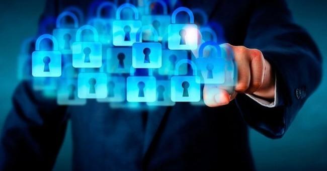 WhiteSource:脆弱性などを解決できるOSS管理ツール--法令違反にも活用可能