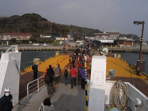気軽に小旅行気分が味わえる福岡市営渡船に乗って、能古島へ行ってきました