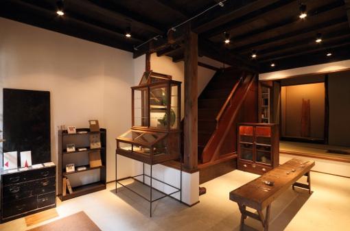 美しさを運ぶ「使いづらい」スプーン 彫金師 竹俣勇壱さん