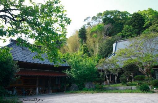 【千葉】DIY図書館のある古民家シェアハウス 千葉県いすみ市に移住した三星千絵さん
