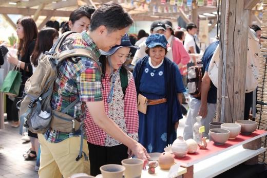 糸島の生活で生まれる作品が集うフェス