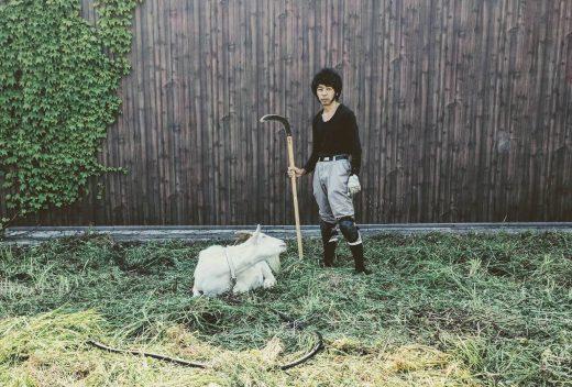 """塚原さんの""""住宅街で山羊を飼いハーブを育てる暮らし"""""""