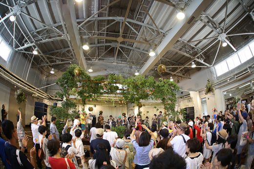 今年も開催、夏の終わりの室内型フェス