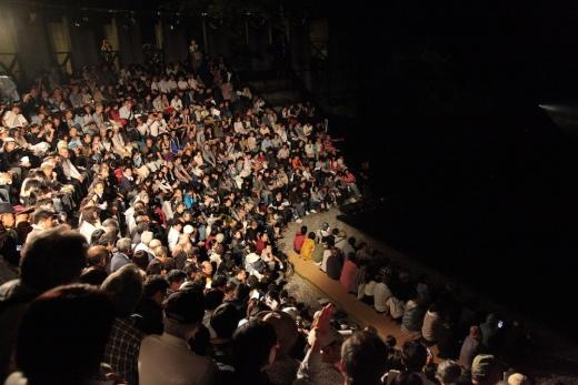 """伝説の名作『世界の果てからこんにちは』観劇記/人口500人の村にある演劇の聖地・富山県南砺市利賀村""""SCOT"""""""