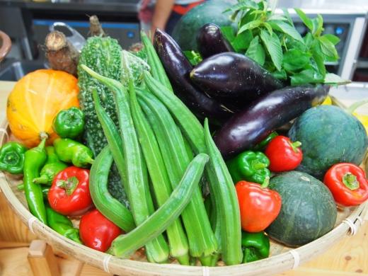 「白糸うどん やすじ」は旬の野菜に注目すべし