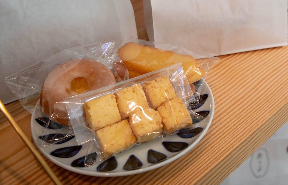家族で繋ぐ、温かなお菓子「プリンとブッセのお店 あうる」