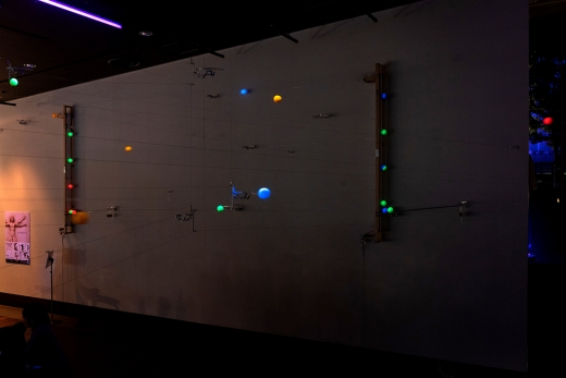 アート+新しい街の情報案内所をつくる実験