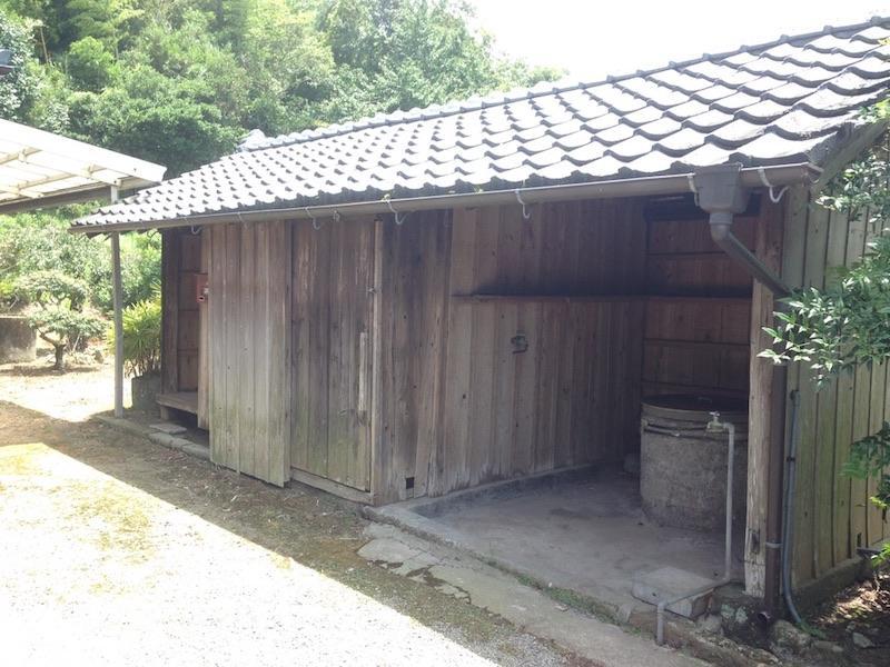 南九州市川辺町 390万円 163.41㎡(建物) 1,259.1㎡(敷地)