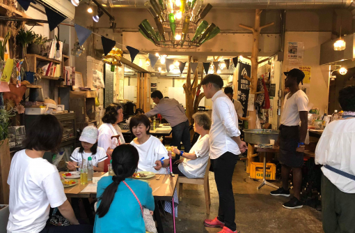 聞いて食べて考える、お好み焼きと神戸の街のこれからの関係