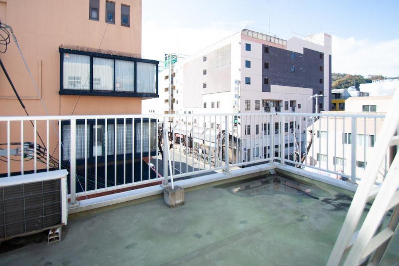 神戸市須磨区前池町  90.5平米 18万円 (税込)