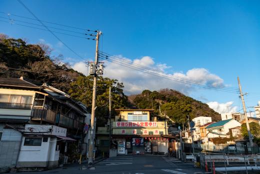 街から自転車で行けるリゾート「湊山温泉」