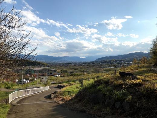 【甲州市塩山小屋敷・売買】塩ノ山と富士山と。ポツンと一軒家×ひらけた眺望=可能性無限大/1,200万円・建物126.24㎡・土地1,714㎡