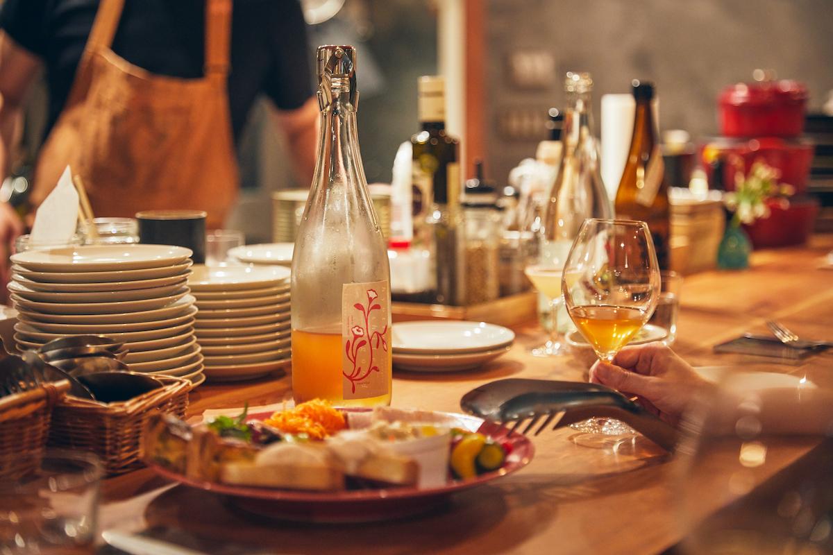 ナチュラルワインと気まぐれキッチン「プルピエ」