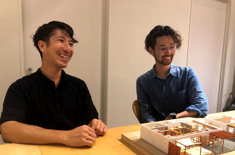 暮らしのアップデートを実践する建築冒険家 「あしたのアーキテクツ」近藤拓馬さん 佐藤雄太さん