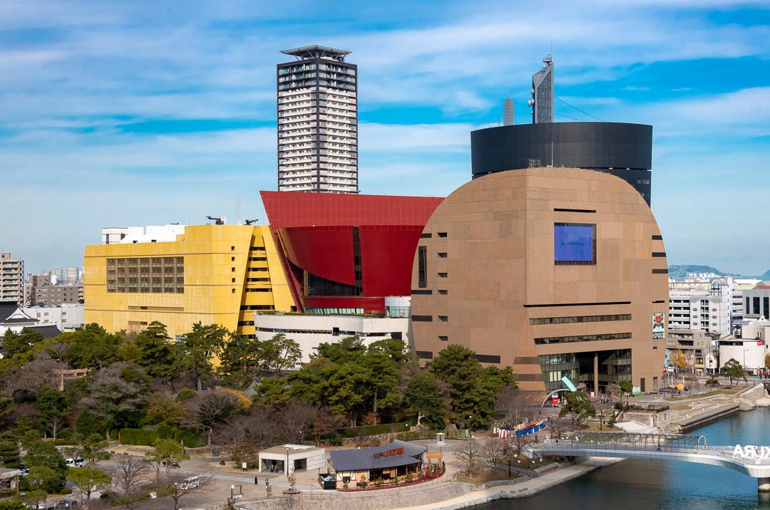 北九州の建築をめぐるvol.2/個性派建築のミクスチャーな風景