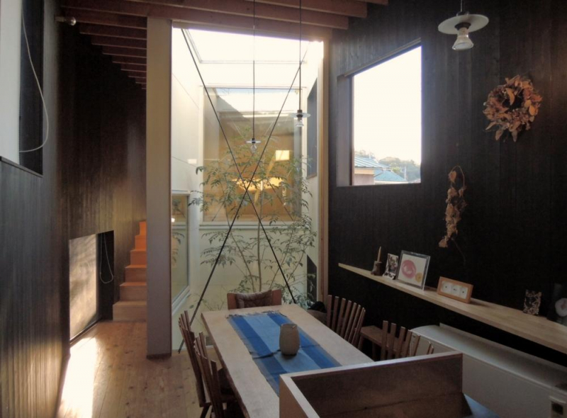 【RENT】鎌倉市山ノ内|路地に寄り添うように建つ家  27万円