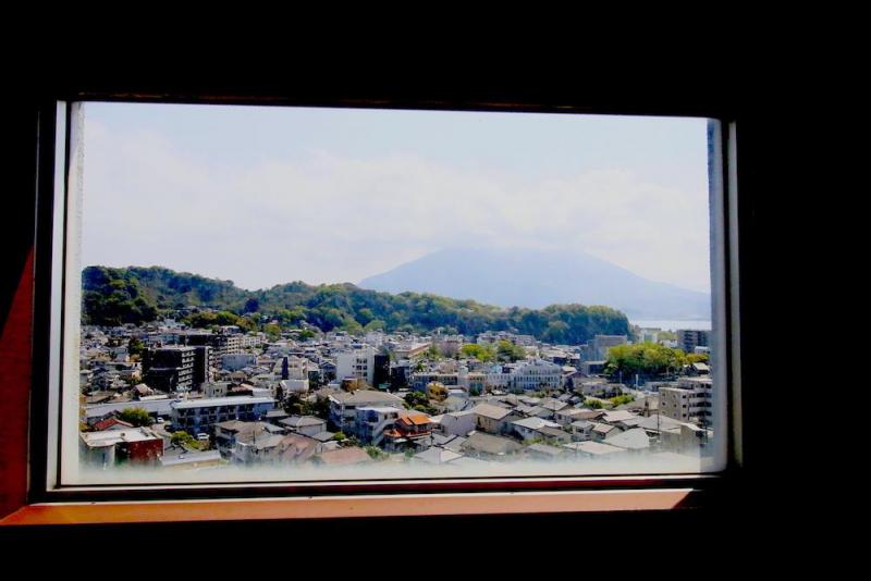 【RENT】鹿児島 桜島を飾る/ 60,000円