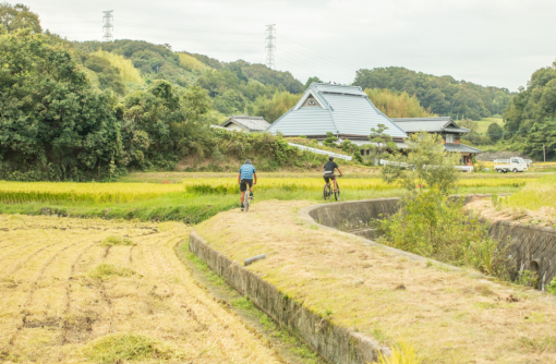 神戸市中心部から自転車を電車に乗せて神戸市北区の農村を巡る1泊2日の旅(11/27-28)