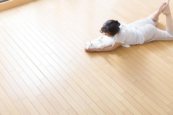 リフォームでリビングを床暖房にしたいのですが、どれくらいの費用がかかるものですか?