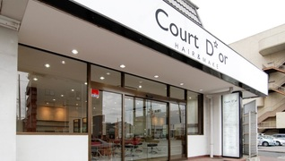 Court Dor HAIR&MAIKE東村山店