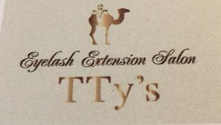 Eye lash extension salon TTy's