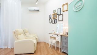 treat eyelash & nail salon 苦楽園口店