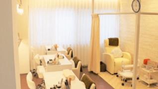 Nail Salon Maribu