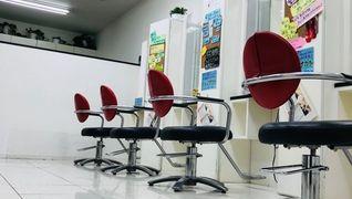 Hair First 上尾店