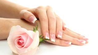 Nail&Beautysalon     CLEAR