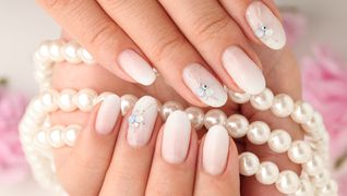 Nail Salon Blanl'or 白金店