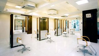 Hair Studio The edge(ヘアースタジオザエッジ) 松井山手店