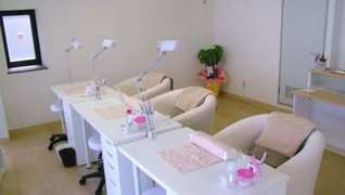 Nail Salon Merci 心斎橋店