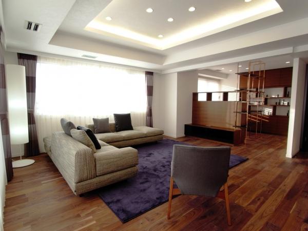 家具を引き立てる質にこだわった空間