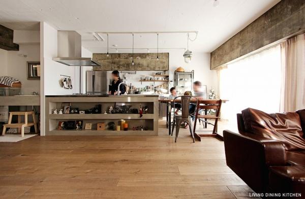 ヴィンテージ家具を楽しむラフ空間