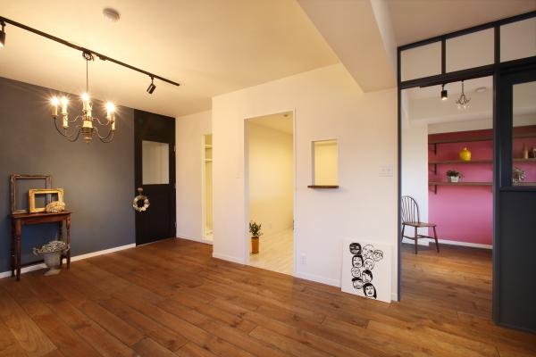 ペイントや壁紙などで部屋ごとに個性をアピール
