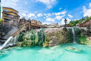 日本三名泉のひとつ、草津温泉で心安らぐ家族の温泉旅行