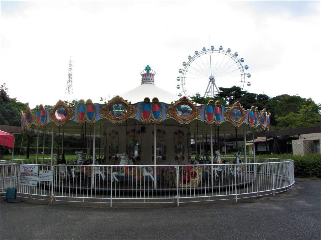 「園地ゾーン」のメリーゴーランド/到津の森公園(福岡県北九州市)