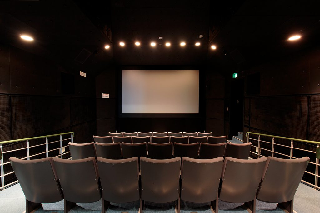 ミニ映画館「マリタイムシアター」/神戸海洋博物館(兵庫県)