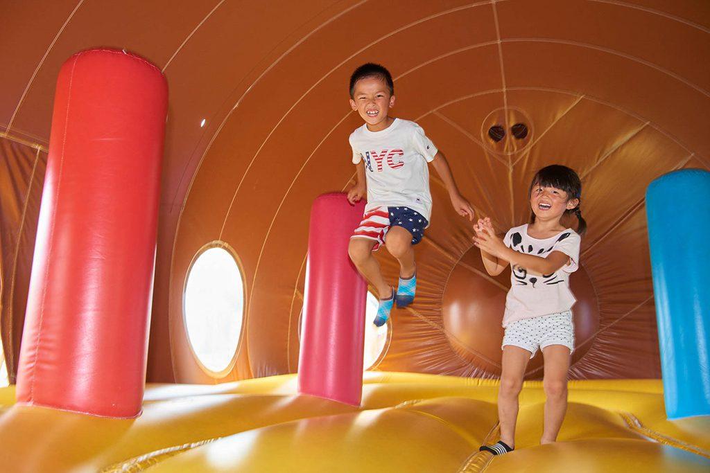 思いっきり飛んだり跳ねたりできる「ふわふわ広場」/平尾山公園(パラダ)(長野県/佐久市)