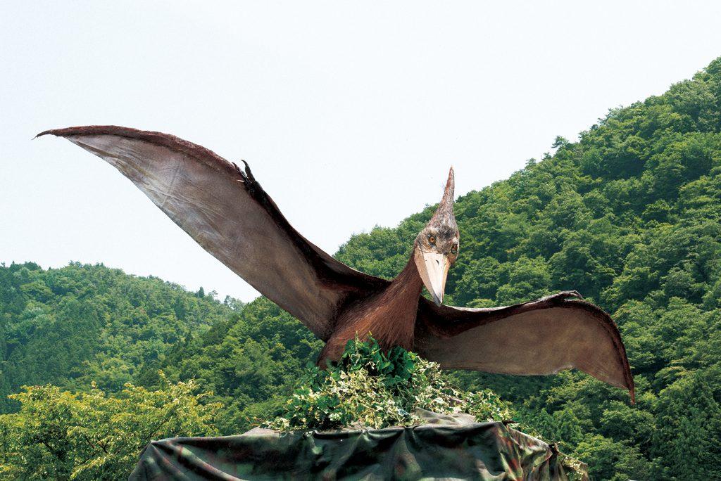 コース内に潜む恐竜はいずれも実物大の恐竜模型/ディノアドベンチャー名古屋(愛知県)