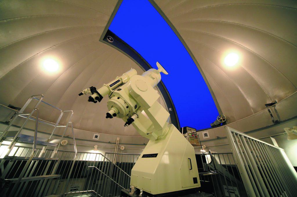 巨大な天体望遠鏡/明石市立天文科学館(兵庫県)