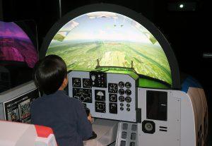 パイロット気分!飛行機の操縦など、体験充実の航空系博物館10選