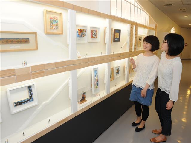 かまぼこ板のアート作品/鈴廣のかまぼこ博物館(神奈川県/小田原市)