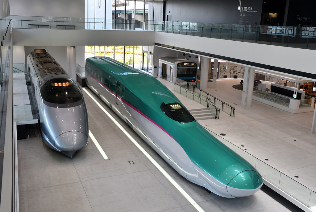 シミュレータがいっぱいの「仕事ステーション」/鉄道博物館(埼玉県/さいたま市)