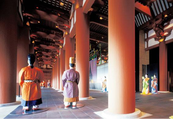 10階の難波宮大極殿/大阪歴史博物館(大阪市)