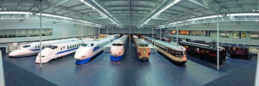 様々な高速鉄道の車両の展示/リニア・鉄道館(愛知県/名古屋市)