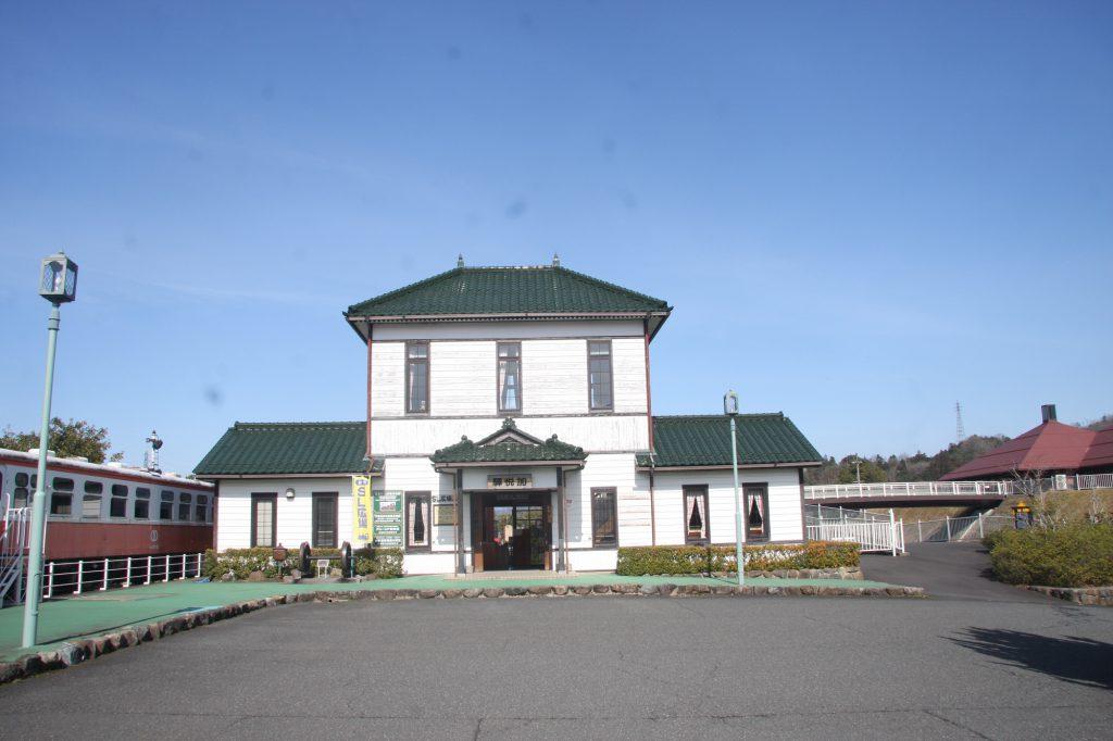 木造駅舎の外観/加悦SL広場(京都府/与謝野町)