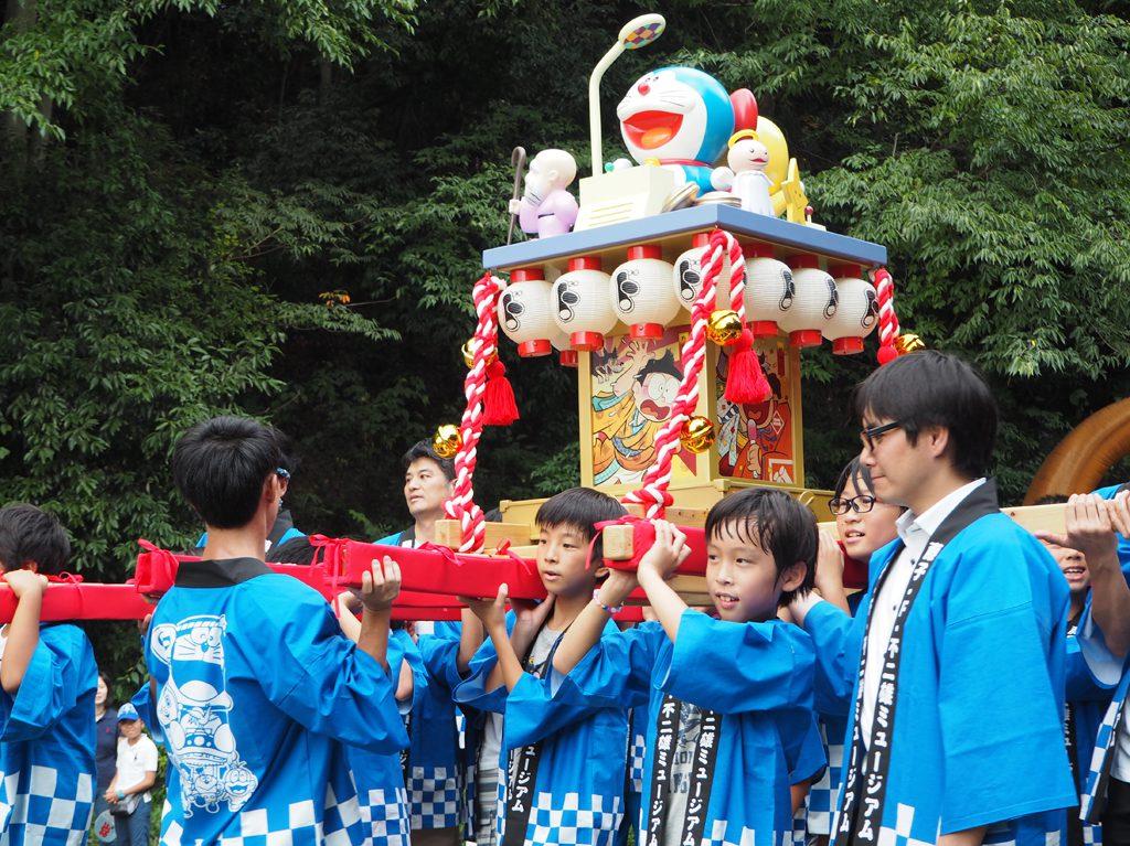 8周年記念祭のドラえもんみこし/川崎市 藤子・F・不二雄ミュージアム(神奈川県)